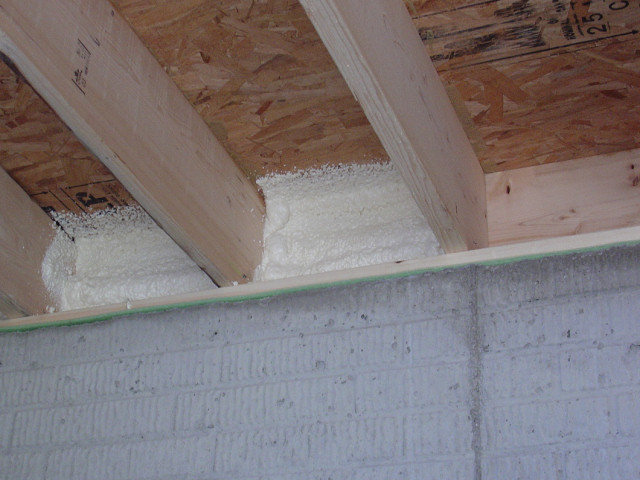 Sealing And Insulating Rim Amp Band Joists Diy Foam